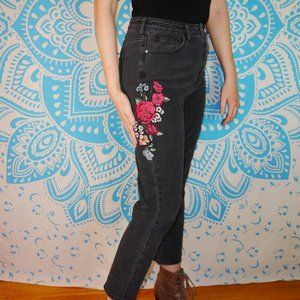 Pacsun 27 Mom Jean Black Embroidered Floral 6 Red